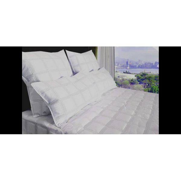 5 Piece White Colour Percale Embroidered Duvet Set (QUEEN SIZE)